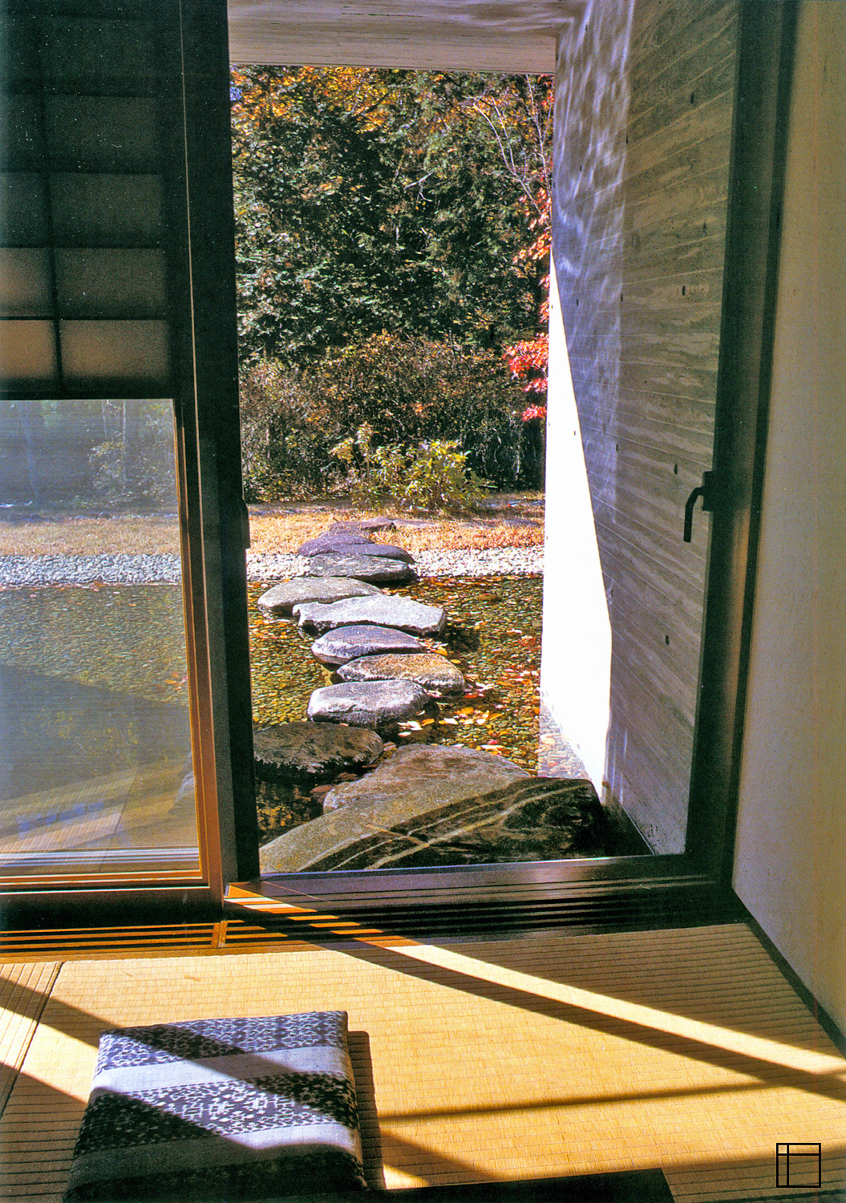 Japanese Interior & Watergarden Solution: CALM WATERS by Forbeli Home London UK, Bordeaux France